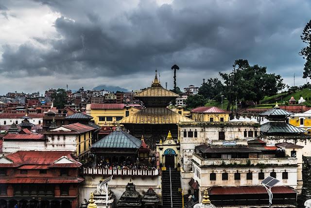 Maha-shivaratri-Pashupatinath-temple