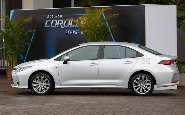 novo Corolla 2020 híbrido