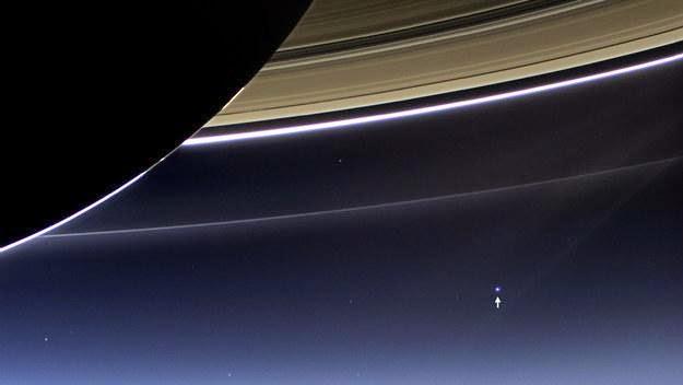 Bumi jika dilihat dari Saturnus