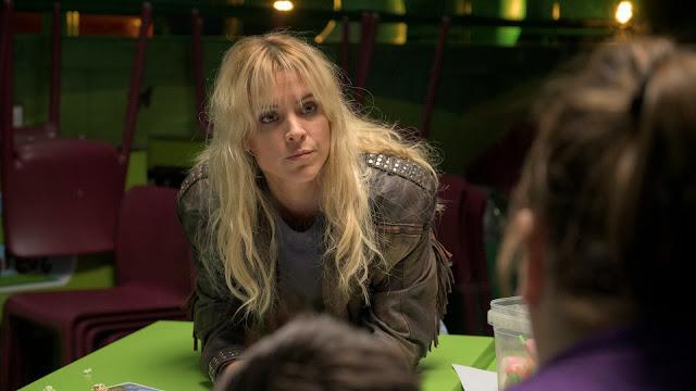 Maca (Maggie Civantos) en 'Vis a Vis: Oasis'