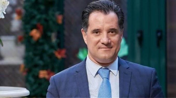 Αδωνις Γεωργιάδης: Έγινε νονός παρά την απαγόρευση των βαπτίσεων - Δόθηκε ειδική άδεια απάντα ο Υπουργός