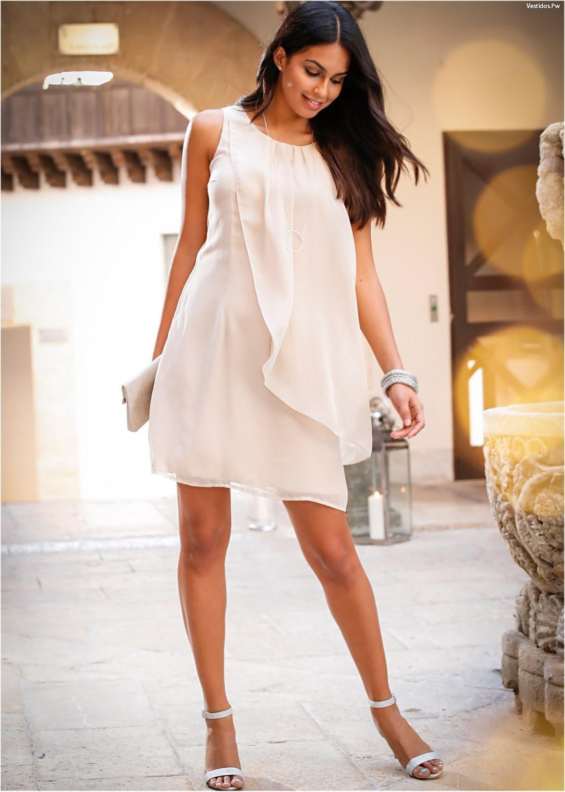 80 vestidos para invitadas a bodas luce hermosa en el dia for Zapatos para boda en jardin