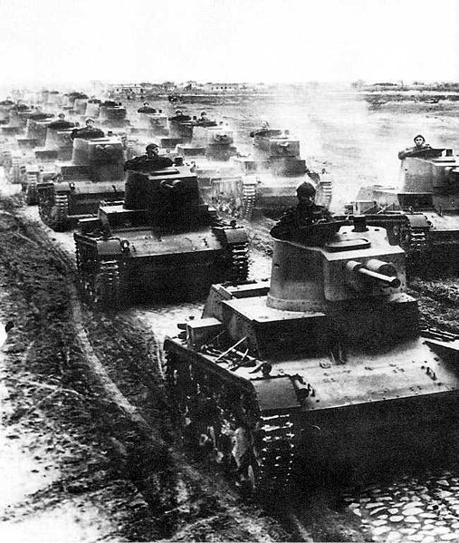 Polish 7TP light tanks in 1939 worldwartwo.filminspector.com