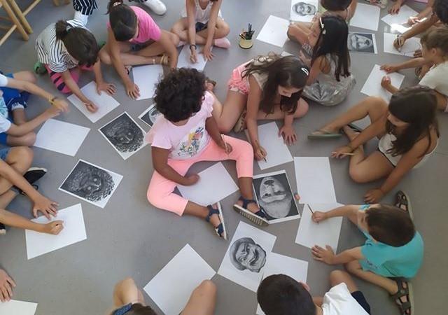 """Δράση για παιδιά στη Δημόσια Βιβλιοθήκη Λάρισας: """"Αφιέρωμα στον παππού και τη γιαγιά"""""""