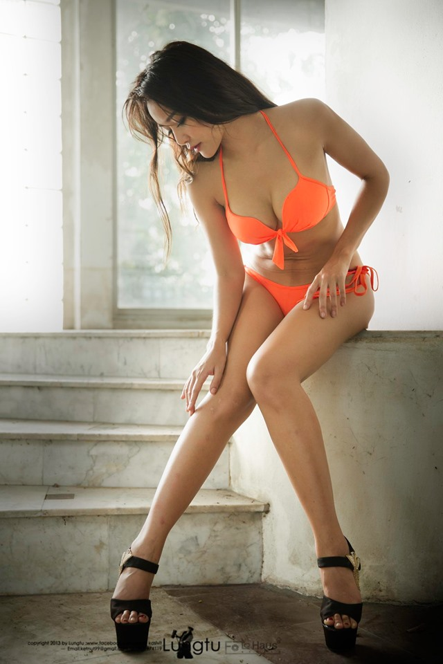 Concept : Orange Bikini
