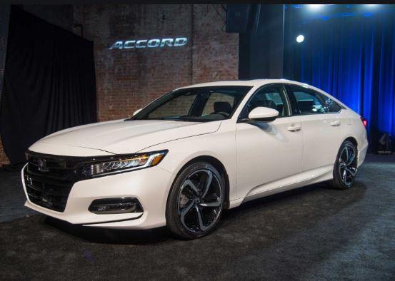 10th Generation Honda Accord 2019 Side View