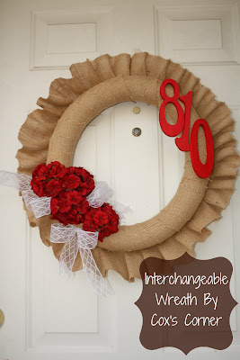 Interchangeable Wreath Form by whatdoesthecoxsay.com #burlap #wreath