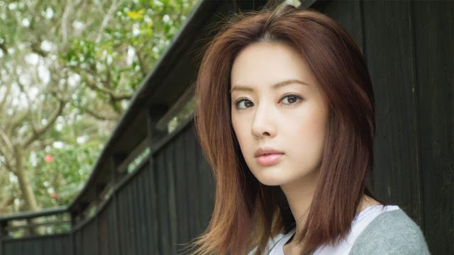13-Most-Beautiful-Japanese-Women