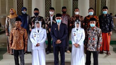Lantik Dua Kades PAW, Bupati Baddrut Tamam Ajak Jadi Pemimpin Bukan Penguasa