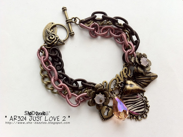 love-resin-pendant-charm-bracelet