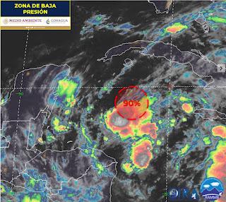 Crece a 90% potencial de ciclón frente a Quintana Roo
