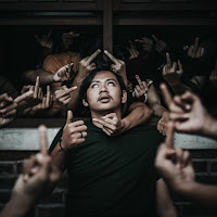 Cosmicburp feat. Jajang Tornado & Moe Hummid – Anjing