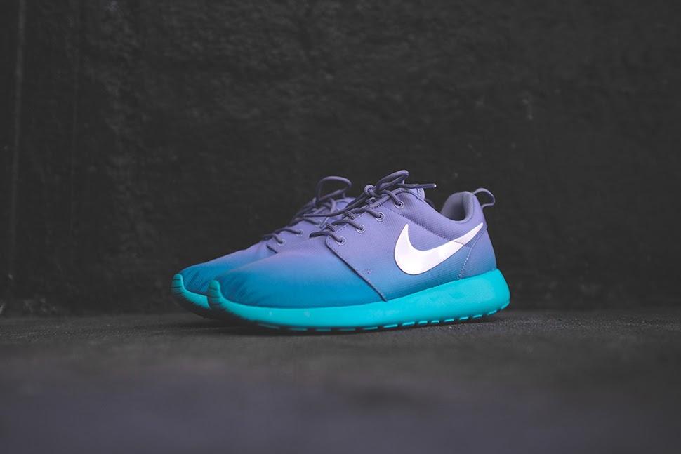 Nike Roshe Run Iron Green