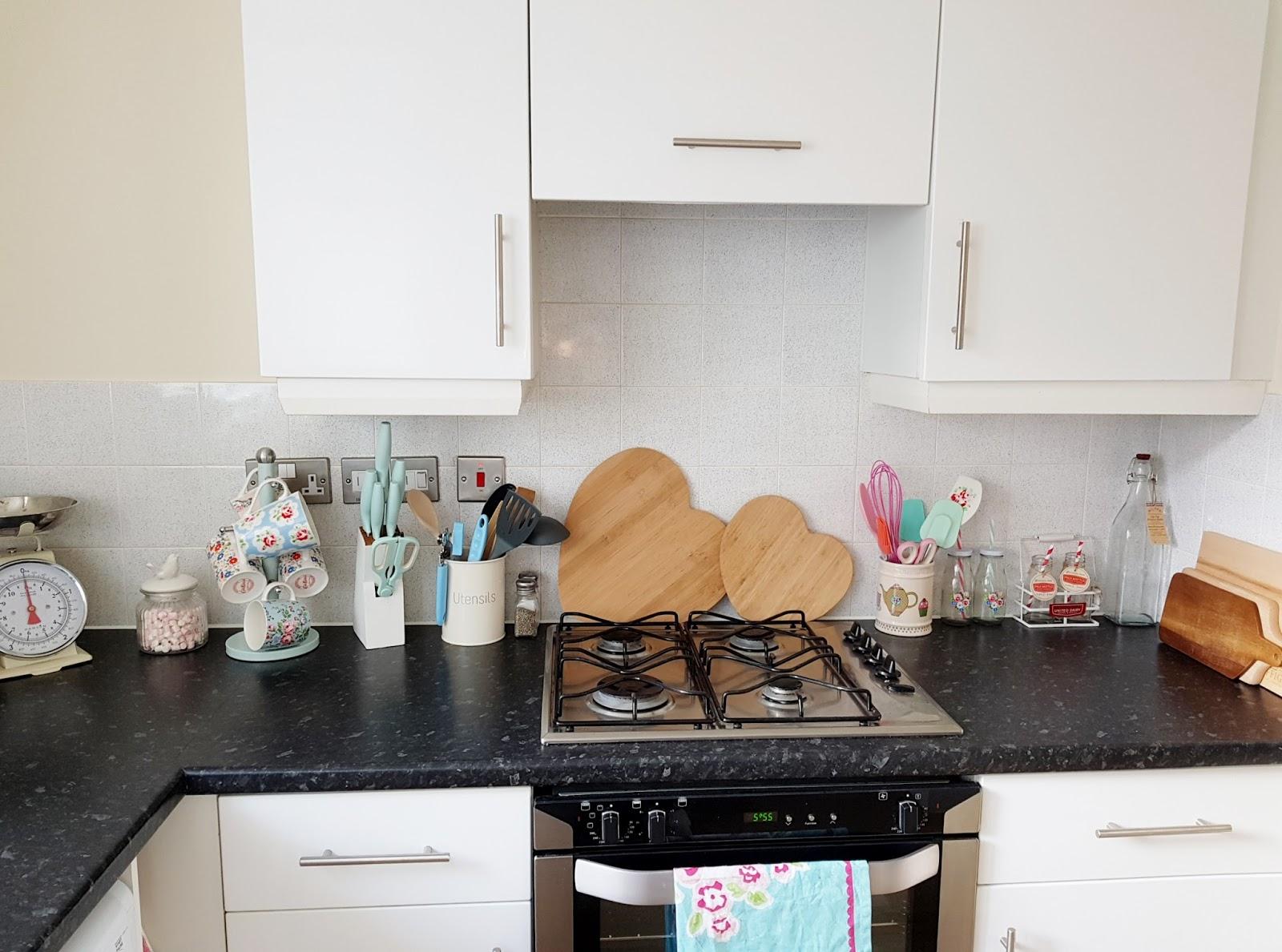 My First Home: The Kitchen   Victoria\'s Vintage Blog