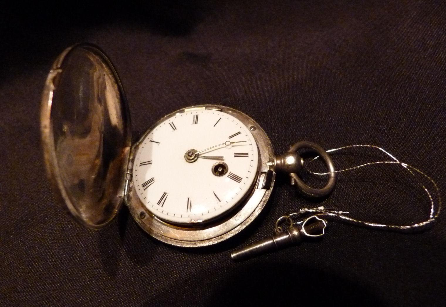 montres anciennes et de collection magnifique montre de gousset coq fin 18 me en argent. Black Bedroom Furniture Sets. Home Design Ideas