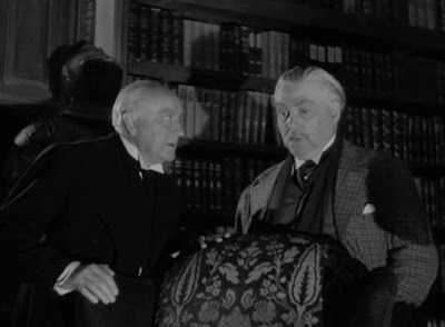 Nigel Bruce » Desafiando la muerte (1943) Sherlock Holmes Faces Death