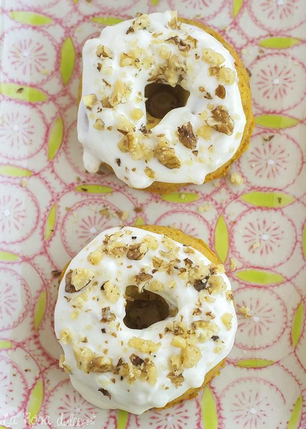 Donuts de tarta de zanahoria saludables #singluten #sinlactosa #microondas #sinazucar