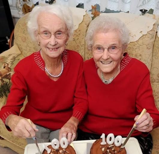 Sisters-twins celebrate their 100th birthday together