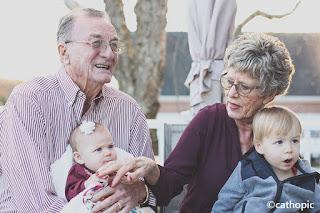 I nonni sono i testimoni di un amore che dura per sempre