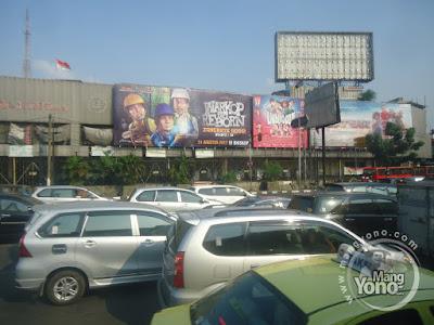 FOTO 2 : Warkop DKI Reborn:  Jangkrik Boss! Part 2 di bioskop Agung Theater.