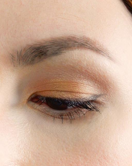 Mineralny cień do powiek Ecolore Glowing Amber No.005,