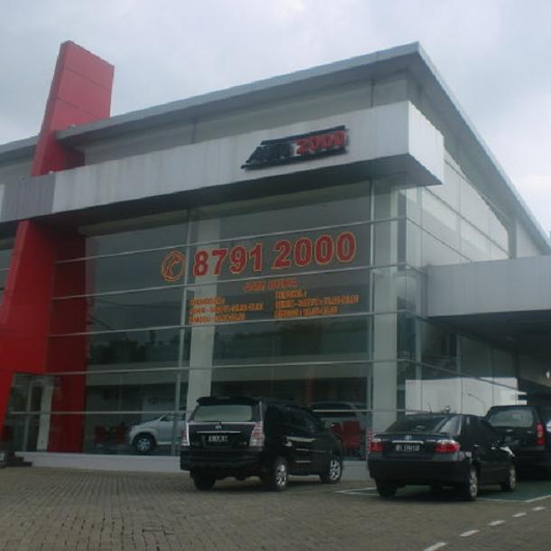 TOYOTA Auto 2000 Cibinong, BOGOR