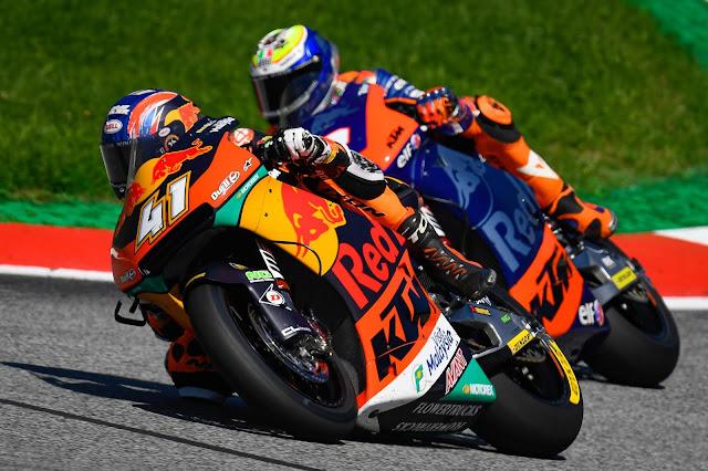 Brad Binder vence em prova acidentada da Moto2 na Áustria