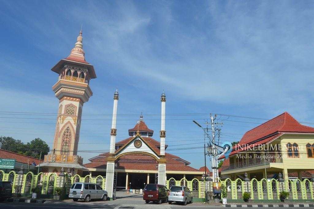 Besok, Gus Wahib Jadi Imam dan KH Nashirudin Jadi Khotib Shalat Idul Fitri di Masjid Agung Kebumen