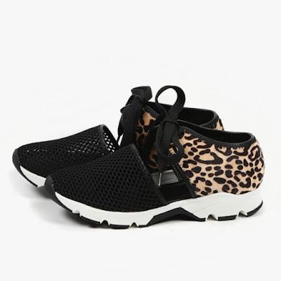 Women's flat cutout casual sneakers