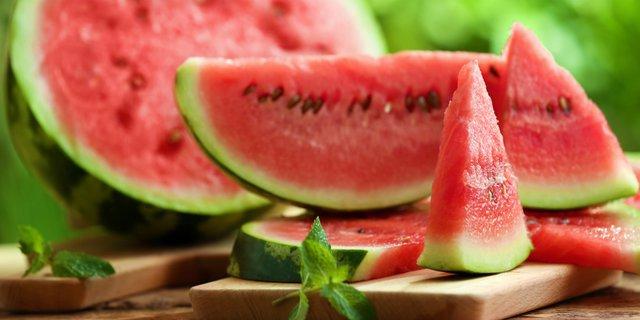 Manfaat Buah Semangka untuk Menurunkan Tekanan Darah Tinggi