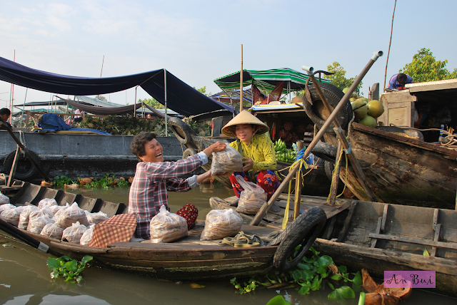 Experience bustling floating market at Nga Nam at the end of lunar year