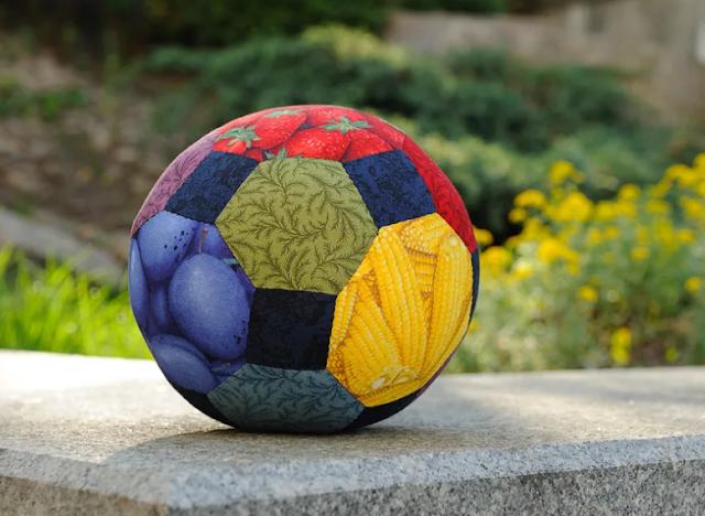 мяч из ткани