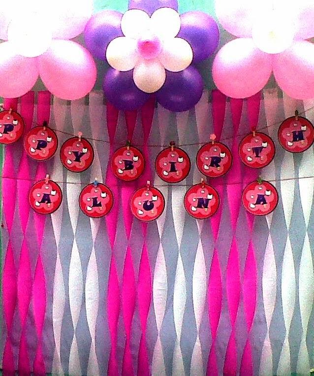 menggunakan kertas crepe dalam dekorasi ulang tahun