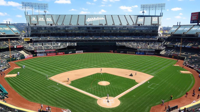 Oakland Athletics начинает продавать билеты на игры за DOGE