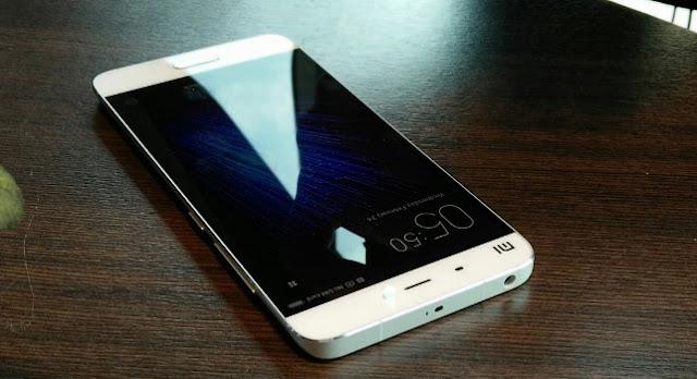Hp Android RAM 3 GB Layar 5,15 Inci Xiaomi Mi5 Harga 3 Jutaan