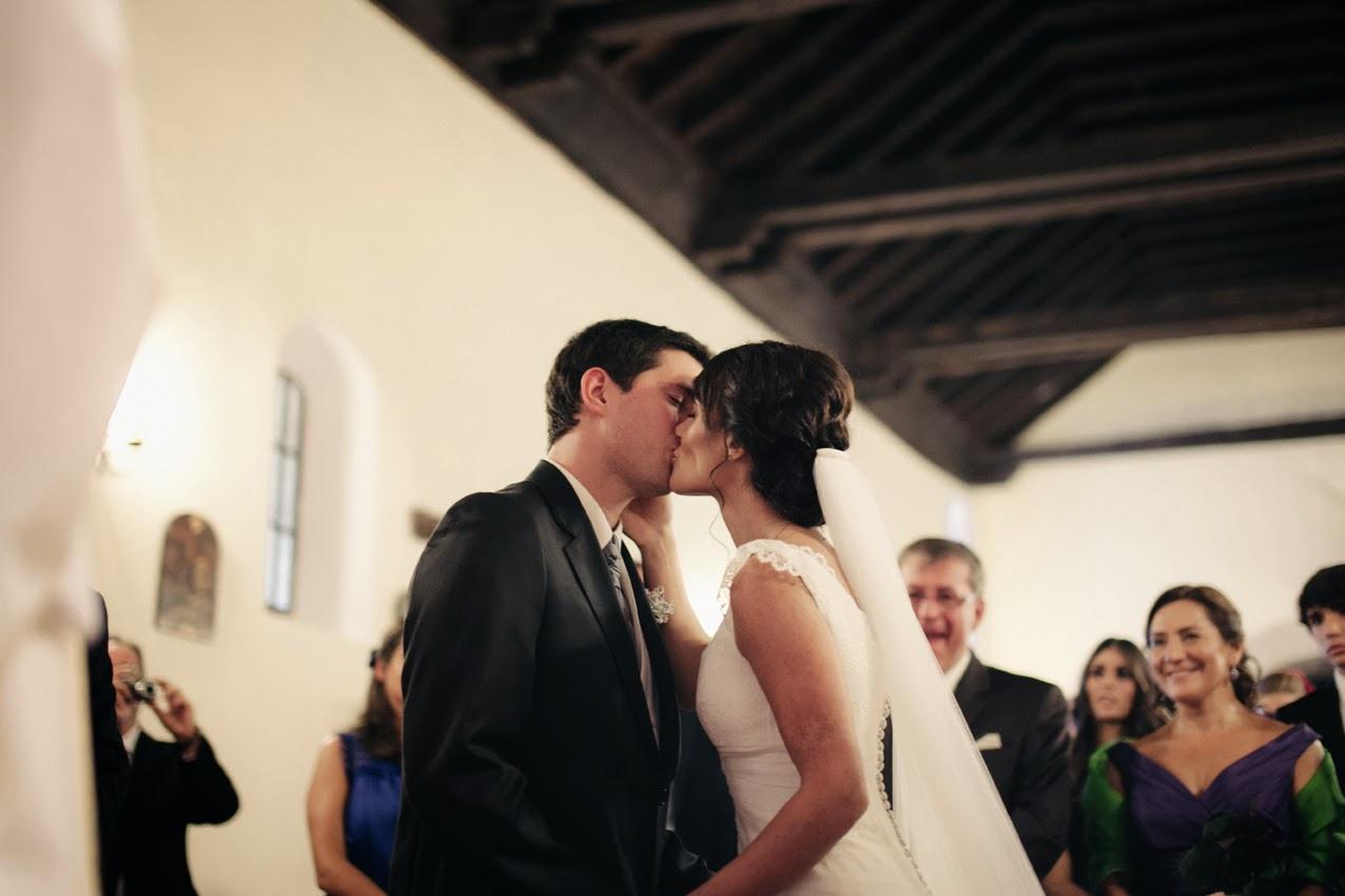 dccfa188554 Puedes besar a la novia?? | Presume de Boda Blog