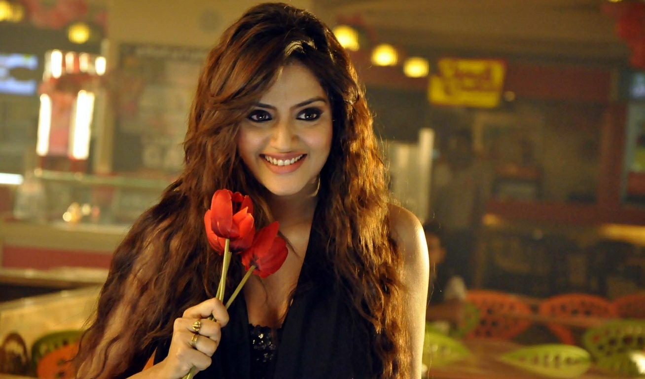 Nusrat Jahan Hot Photos 18