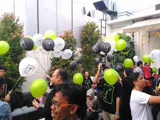 Warna-Warni Balon Infinix Siap Dilepaskan