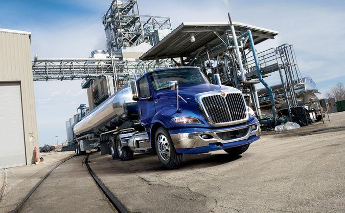 International Trucks apresenta a nova Série RH