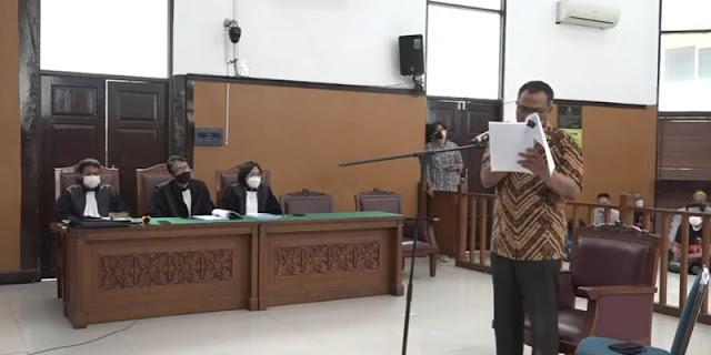 Pledoi, Jumhur Anggap Pemerintah Refresif ke Pengkritik Omnibus Law