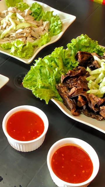 Colek malas popiah ayam perut pelepung popular Kota Bharu Kelantan