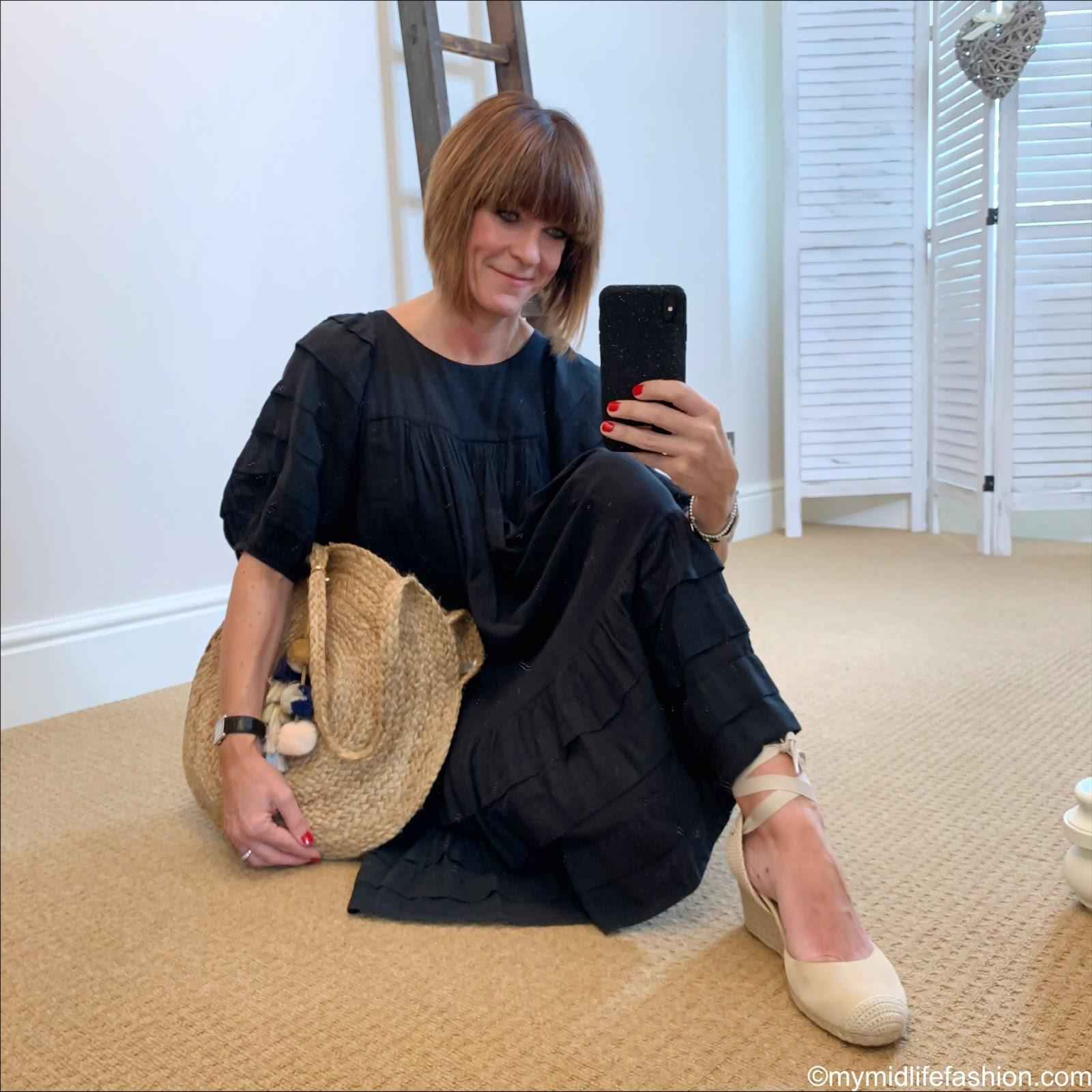 my midlife fashion, Isabel Marant Etoile linen dress, vioniv espadrille wedge sandals, Ashiana Santorini round beach bag