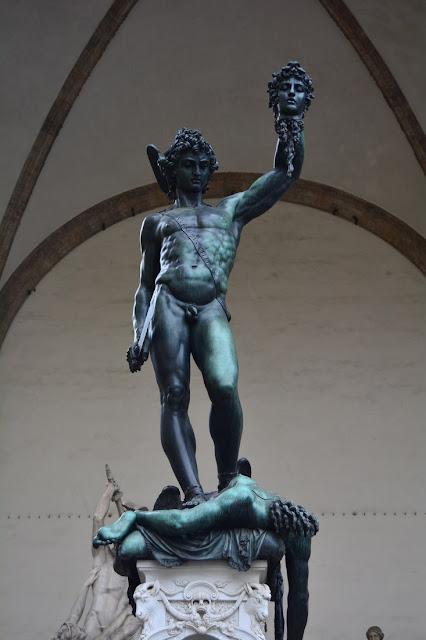 Persée avec la tête de Méduse, Benvenuto Cellini, 1545.