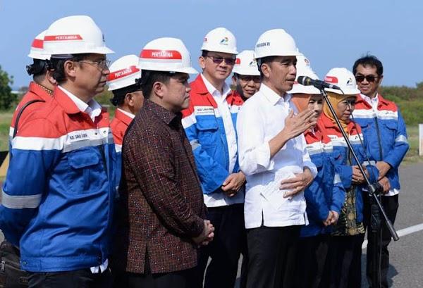 Sudah 17 Hari Dijanjikan Jokowi, Harga BBM Tak Kunjung Turun