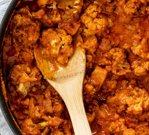 EASY CAULIFLOWER TIKKA MASALA CURRY #veggies #sauce
