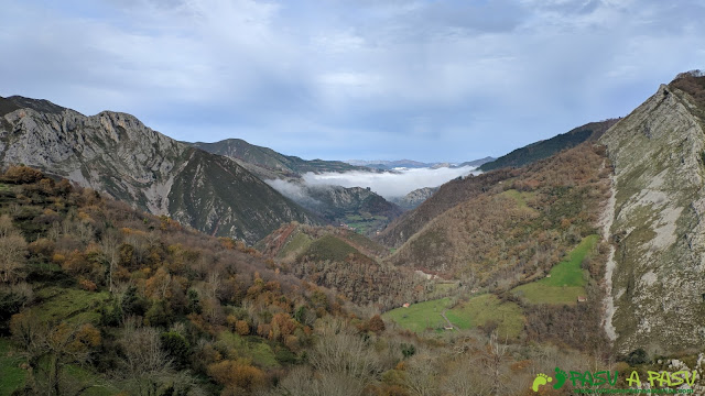 Vista desde el Mirador de Cuadapipu hacia Cangas de Onis