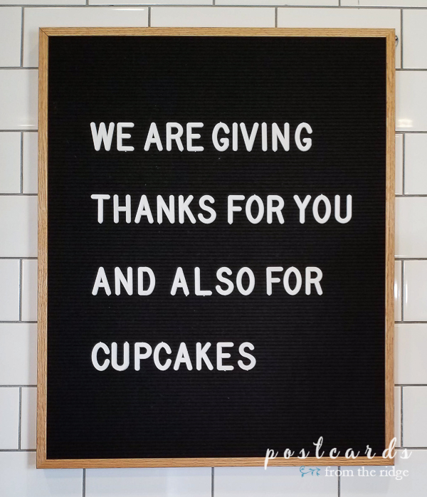 letter board sign at magnolia bakery