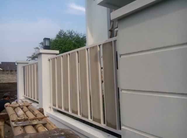 desain rumah minimalis desain pagar grc dan hollow minimalis