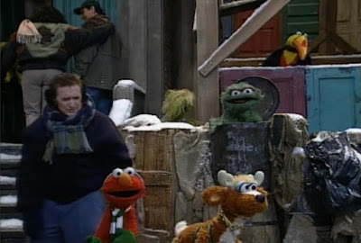 Sesame Street Elmo Saves Christmas. 3