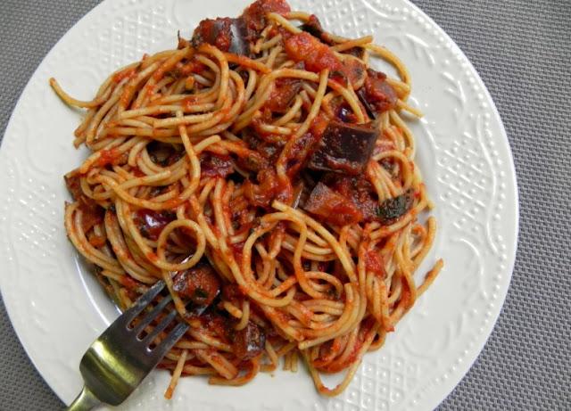 Easy Hearty Vegetarian Bolognese #bestrecipe #pasta